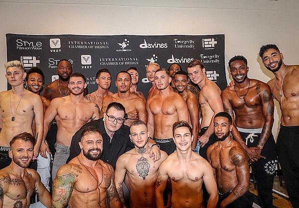 """Nur trans Models auf dem Catwalk  2   Auf der New York Fashion Week schrieb Designer Marco Morante am vergangenen Wochenende Geschichte: Für sein Unterwäsche-Label """"Marco Marco"""" schickte er ausschließlich trans Männer und Frauen über den Laufsteg."""