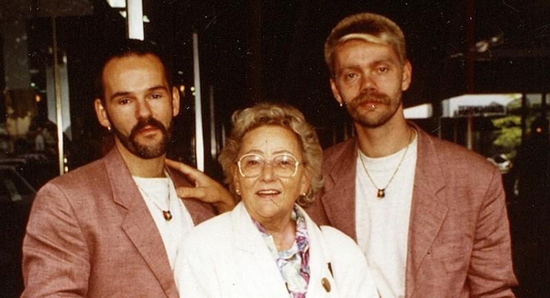 Homo-Ehe in Deutschland - So war es vor 25 Jahren bei der 'Aktion Standesamt'!