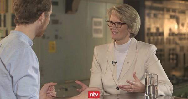 CDU/CSU - Bundes-Bildungsministerin: Einführung der Ehe für alle war 'so nicht richtig'