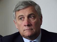 Europäische Union - Tajani: Kinder aus Regenbogenfamilien haben 'psychologische Probleme'