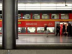 Homophobe Gewalt in Berlin - 25-Jähriger nachmittags in Regionalbahn homophob beschimpft