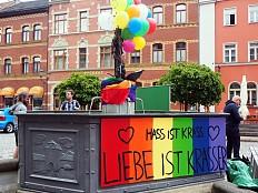 Thüringen: Nazis verteilen Flugblätter gegen 'Homo-Propaganda'