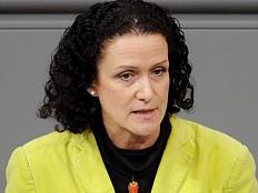 AfD-Abgeordnete Höchst wird Schirmfrau der 'Alternativen Homosexuellen'