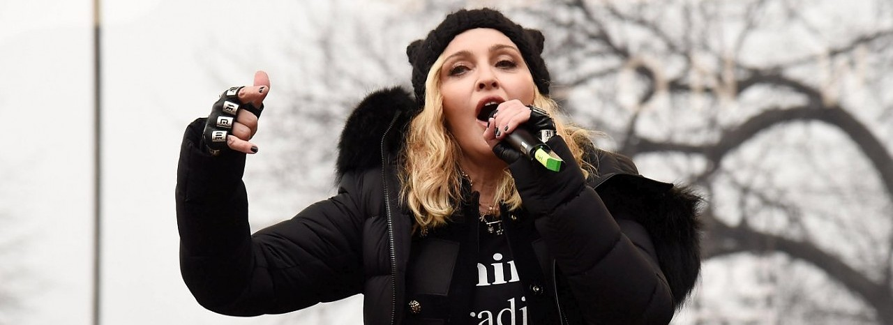 Madonna zu Donald Trump: 'Suck a dick!'