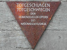 Schwule im Dritten Reich - Bundestag: Appell zur Erinnerung an homosexuelle NS-Opfer landet in Petitionsausschuss
