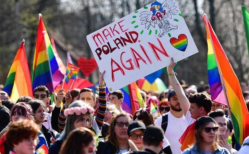 Polen - 50 Botschafter*innen verurteilen Queerfeindlichkeit