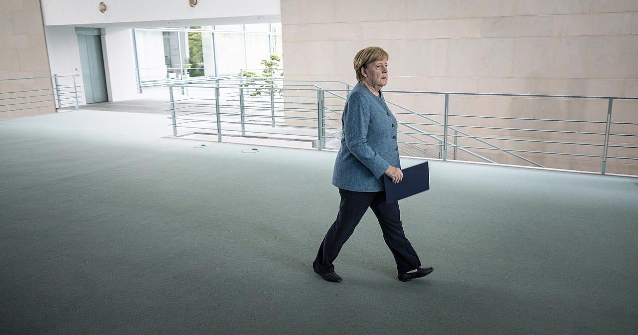 Corona-Krise - Appell an Merkel: Linke verlangt 'Queer-Gipfel' im Kanzleramt