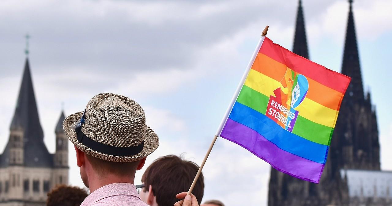 CSD Köln - Polizeigewalt, Homophobie und Täter-Opfer-Umkehr beim CSD