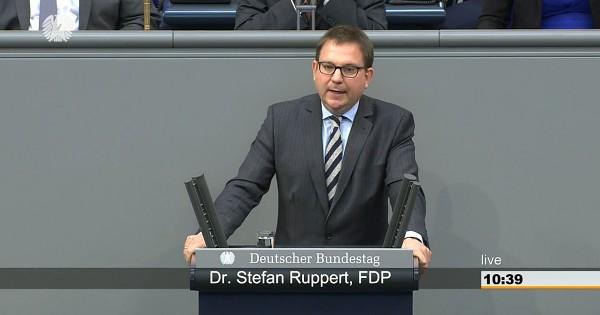 Asyl - FDP und AfD wollen Verfolgerstaaten Prädikat 'sicher' verleihen