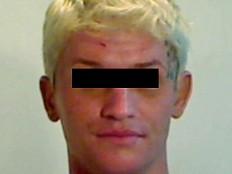 Trans*Personen - Beide Augen ausgestochen: Trans-Stripperin tötet Partner mit Kugelschreiber