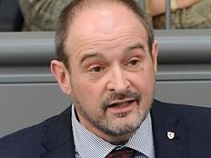 AfD zum achten Mal Zugang ins Hirschfeld-Kuratorium verwehrt